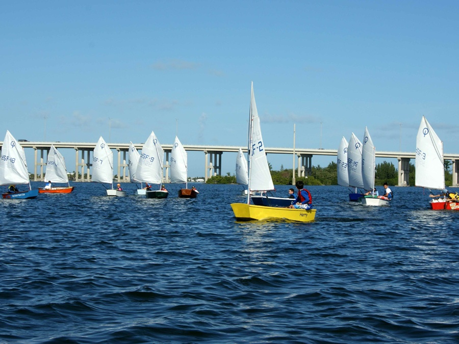 Students from Youth Sailing on the IRL
