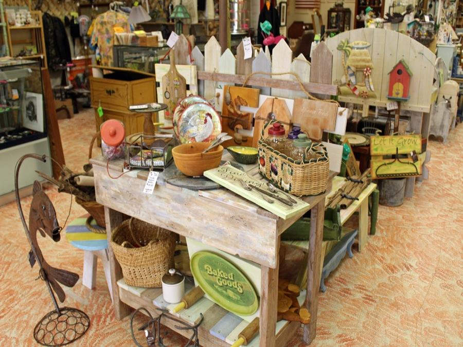 Wildwood Antique Mall Vero Beach Florida