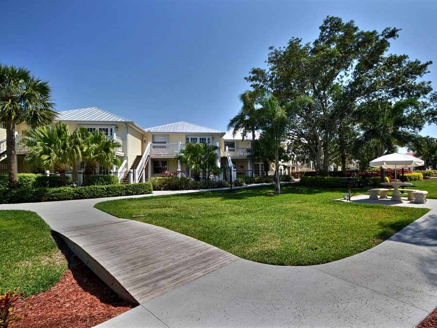 Sidewalk to cottages at Oyster Point and Oyster Bay Resort Sebastain, Florida vacation rentals