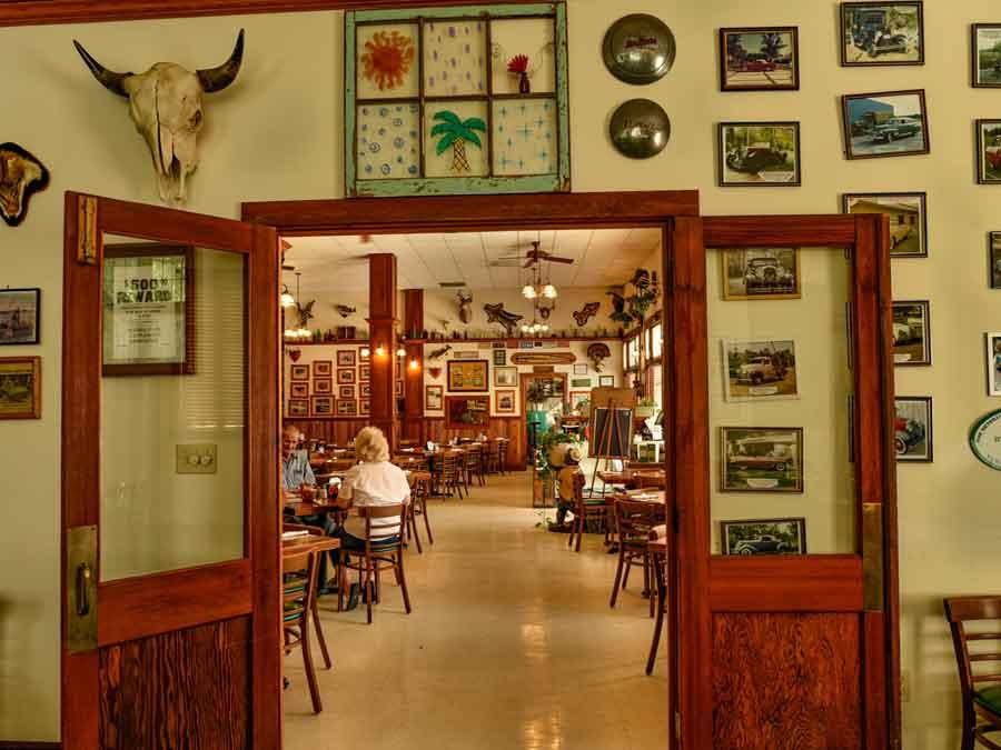 restaurants in vero beach fl