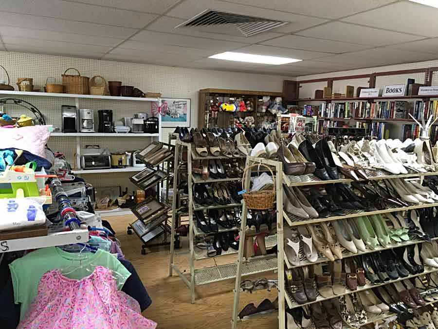 Indian River Medical Center Auxiliary Thrift Shop Vero Beach Florida