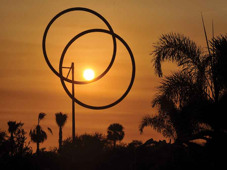 George Rickey sculpture Annular Eclipse VII 2000 at Vero Beach Museum of Art Vero Beach Florida