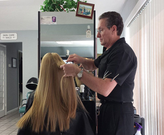 Lorenzo cutting hair Vero Beach Fl